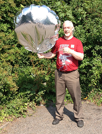 Me with Chris Stubbs's CHEAPO Pico balloon and payload